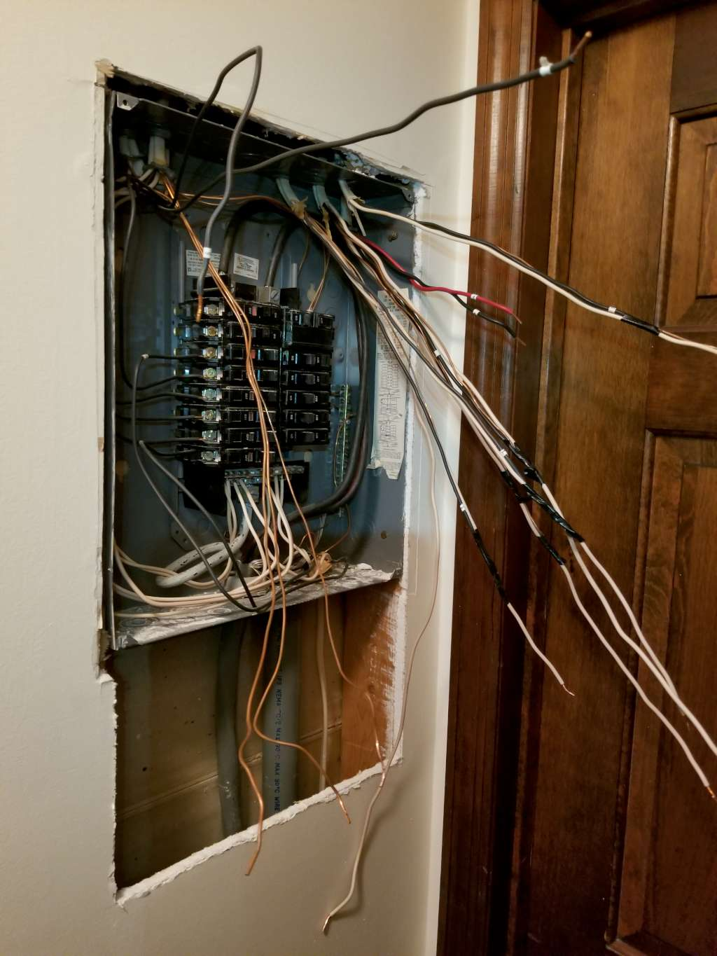 MDJ Electric Company LLC Electrical Contractor, Commercial Electrician and Residential Electrician